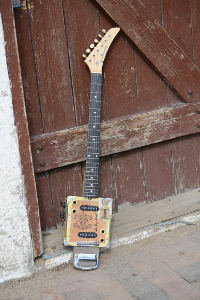 harmony twin guitar